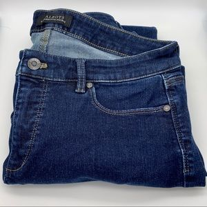 NWOT Talbots Flawless Five Pocket Jeans 10